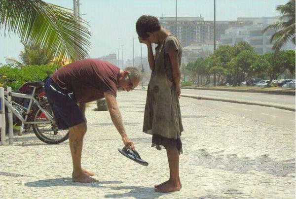 shoe-act-of-kindness-600x404